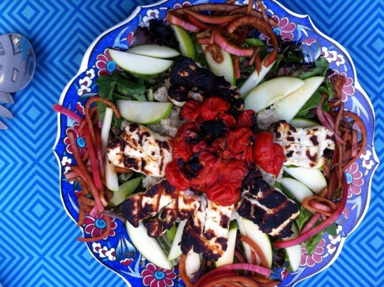 grilled.halloumi.salad